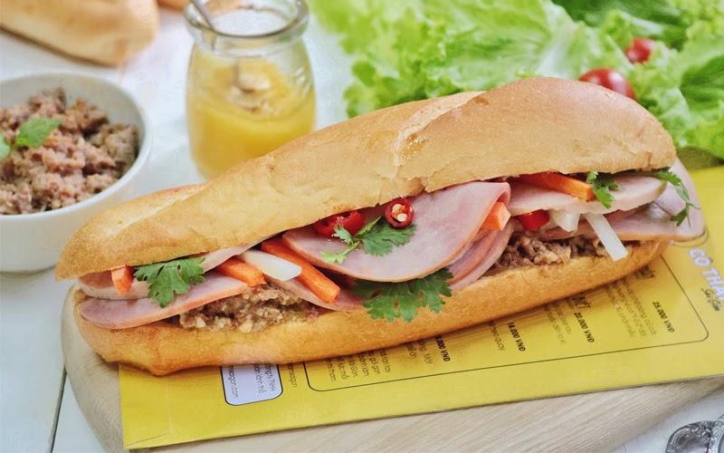 Bánh mì - Món ăn đặc trưng của người Việt (Nguồn ảnh: Internet)